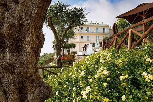 Villa Fiorella: a room (and swimming pool) with a view