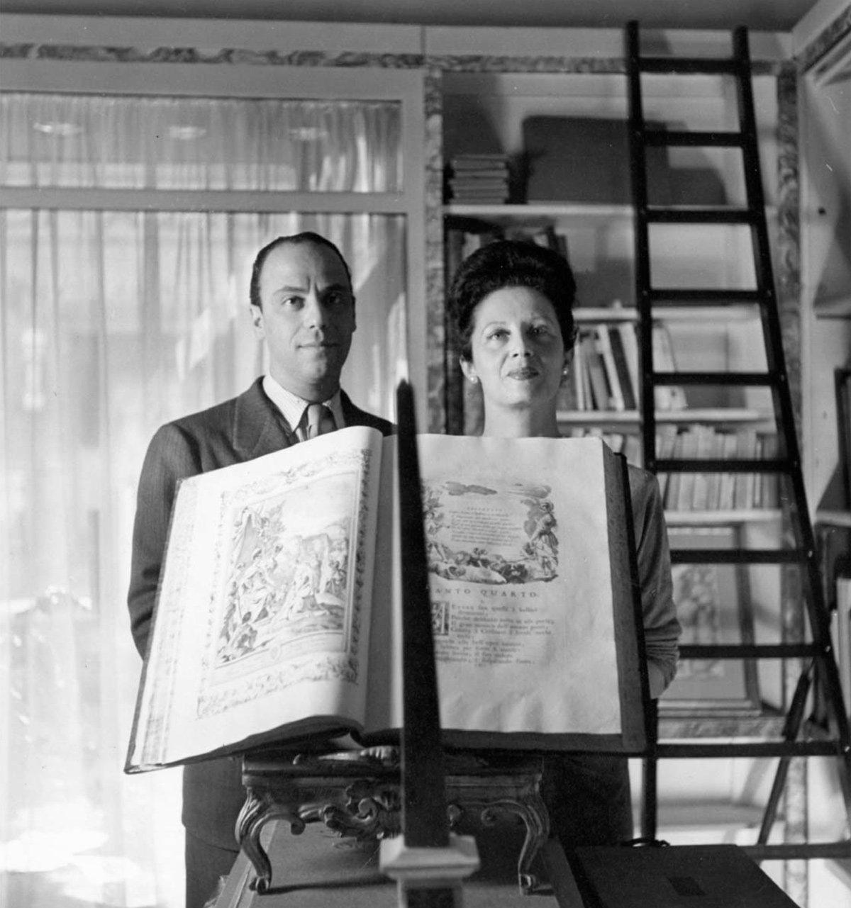 Rome - Irene Brin and Gaspero Del Corso holding the Gerusalemme Liberata