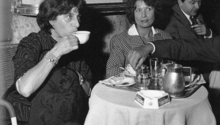 Anna Magnani enjoying her Cappuccino