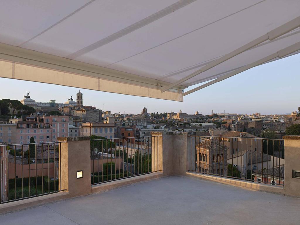 Palazzo Rhinoceros's terrace - Rome