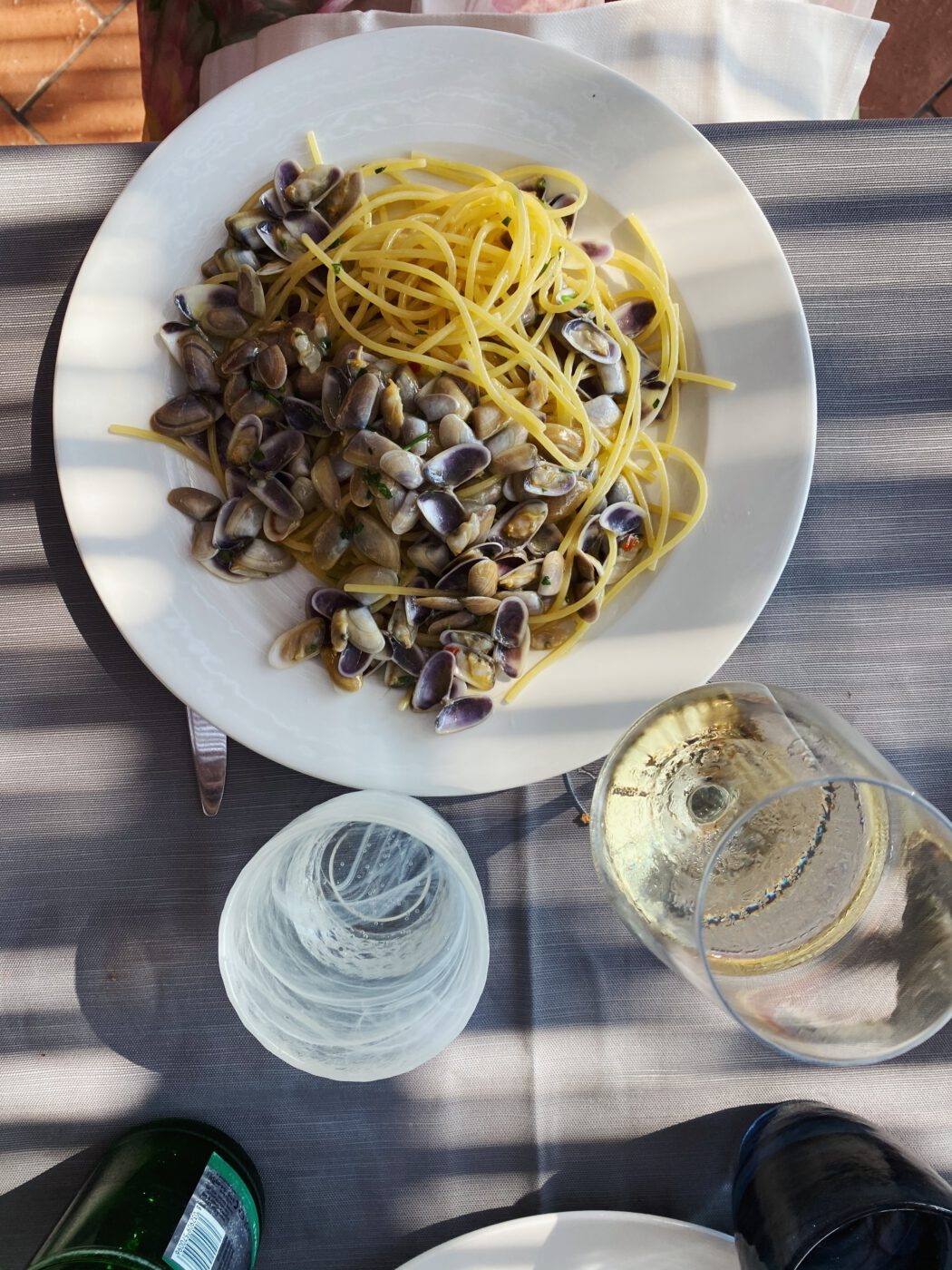 THE 5: WHAT WE ARE OBSESSED WITH THIS MONTH Spaghetti alle arselle
