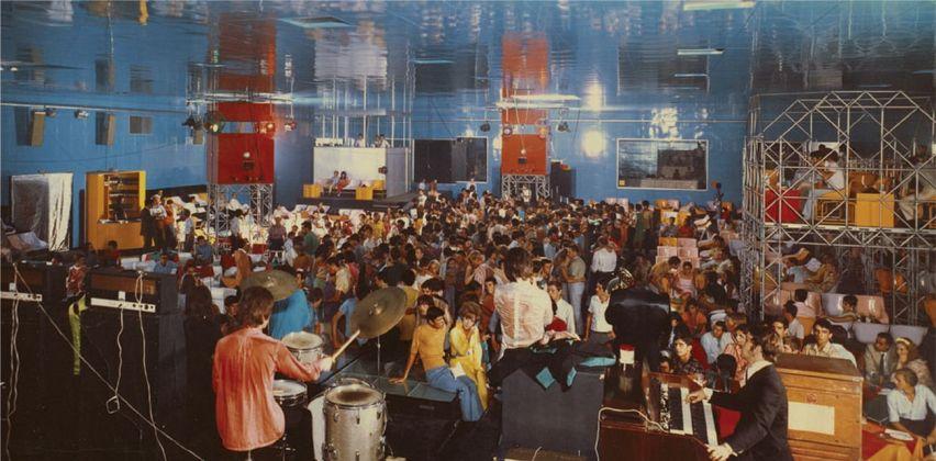 The Heart of Discoteca Italiana L'Altromondo Club, Rimini