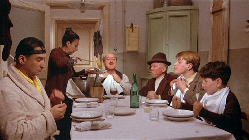 The Full Spread - Amarcord Fellini